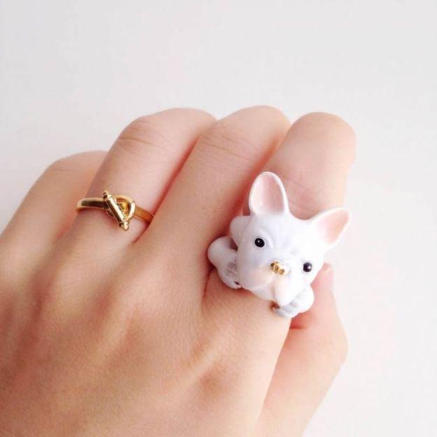 кольцо с бульдогом