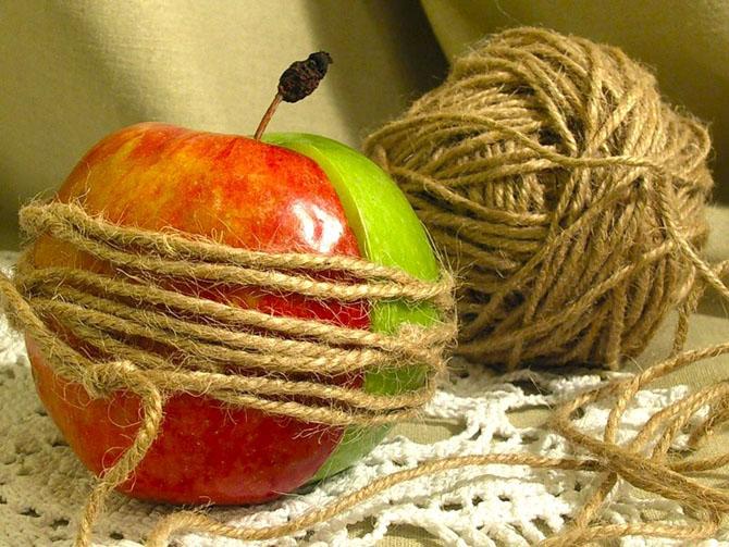 притча про 2 половинки яблока