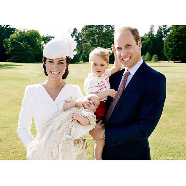 королевская семья на крестинах