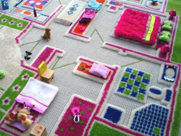 коврик в виде дома дл кукол