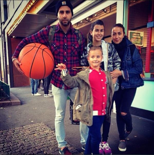 Иван Ургант и его семья
