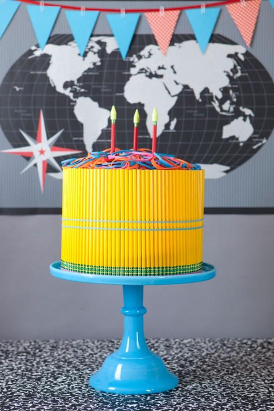 торт из карандашей