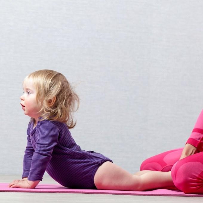 yoga baby mom