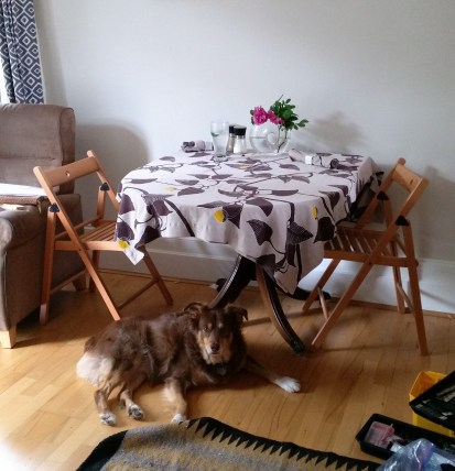 Kitchen-table-and-chairs-manna