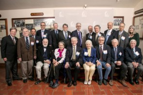 I-House alumni faculty and faculti emeriti who attended the evening and received an award