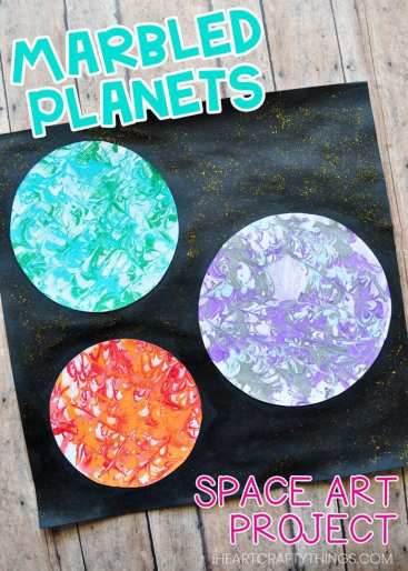 Replicate the surface of planets with this preschool space craft using a unique marbled painting technique!