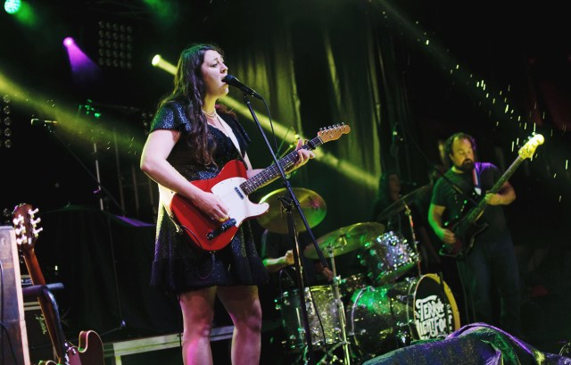 Terra Lightfoot performing at Supercrawl 2015