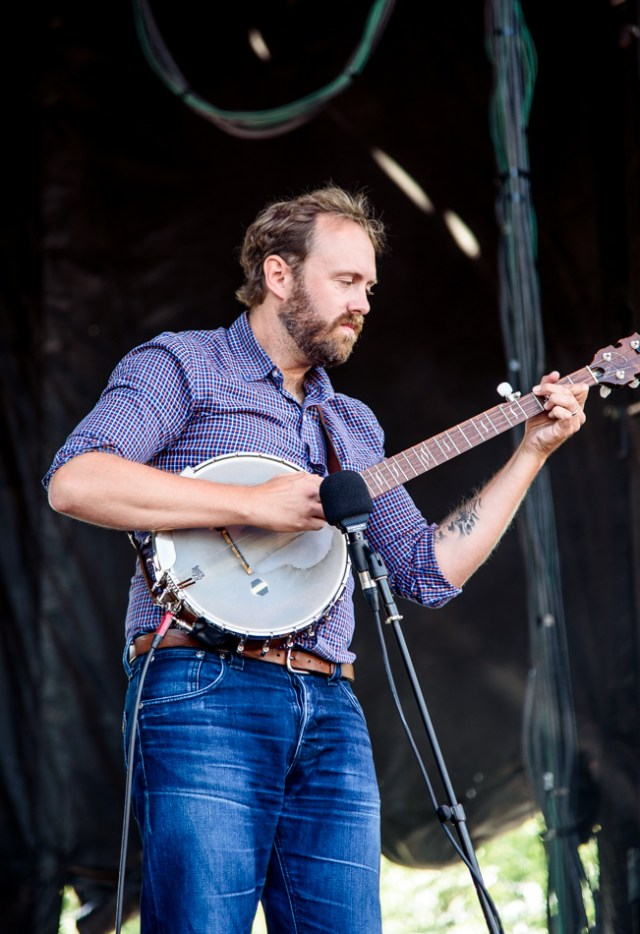 Great Lake Swimmers. Photo by Lisa Vuyk