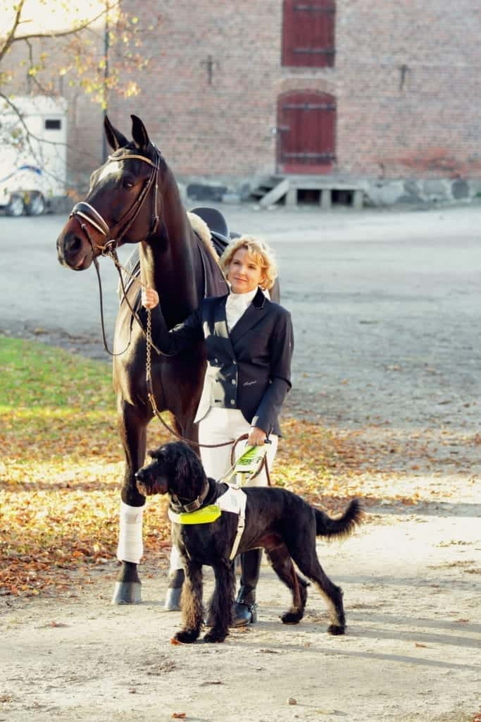 Verity, Uffa (her guide dog) and Kit (Verity's Horse). Image source: Verity Smith