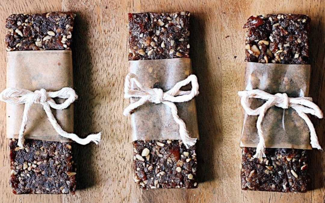 Raw (3 ingredient) Snack Bars
