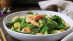 Low carb Thai-inspired noodle recipe Paleo Pad See Ew stir-fry with chicken and broccoli
