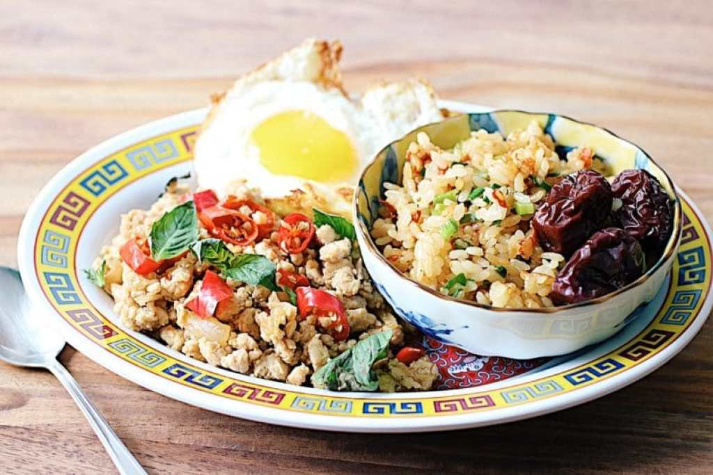 Thai Meat Sauce with Goji Berry Rice