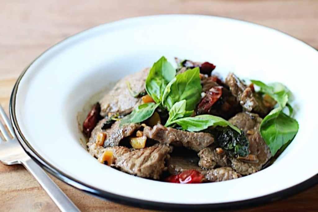 Steak with sweet chili basil sauce