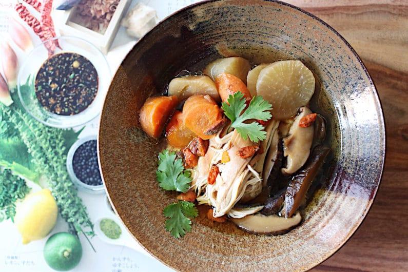 Chinese chicken bone broth recipe