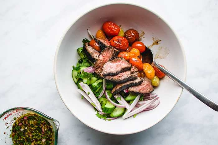 Thai chili sauce dressing for beef salad I Heart Umami