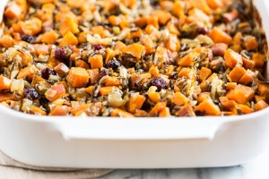 cranberry-sweet-potato-stuffing-2-ways-gi-365