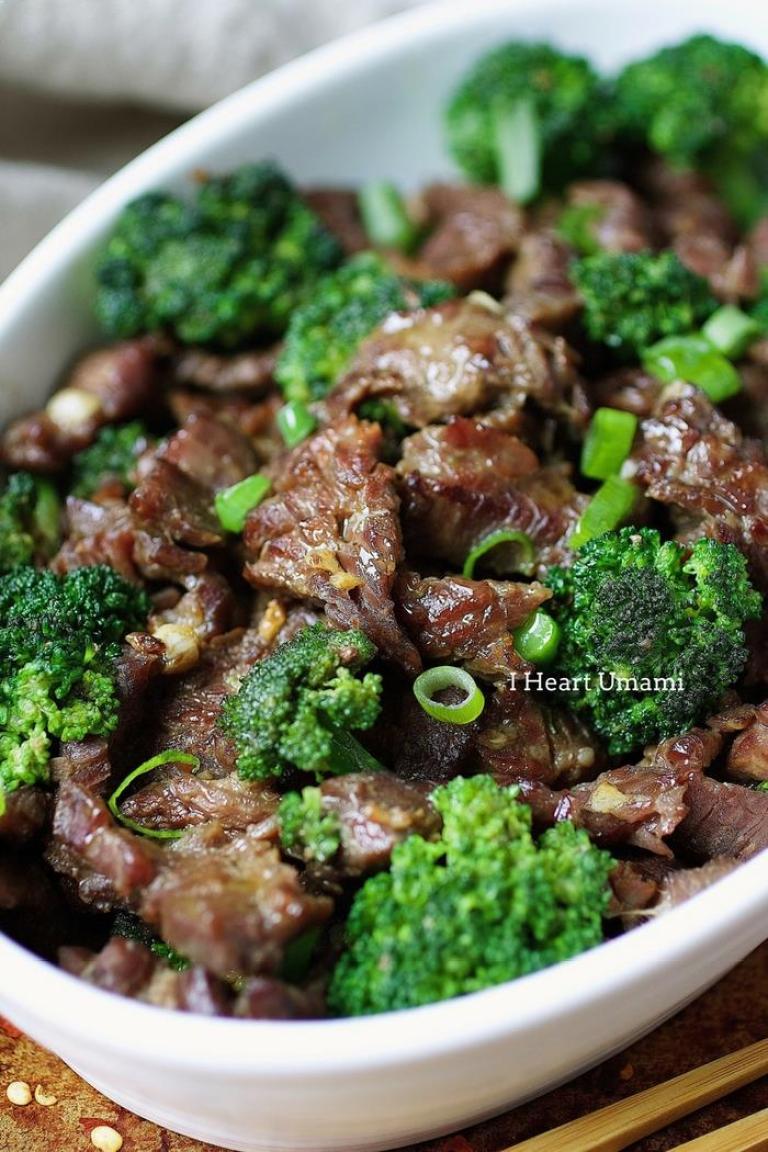 Paleo Beef with broccoli recipe from I Heart Umami