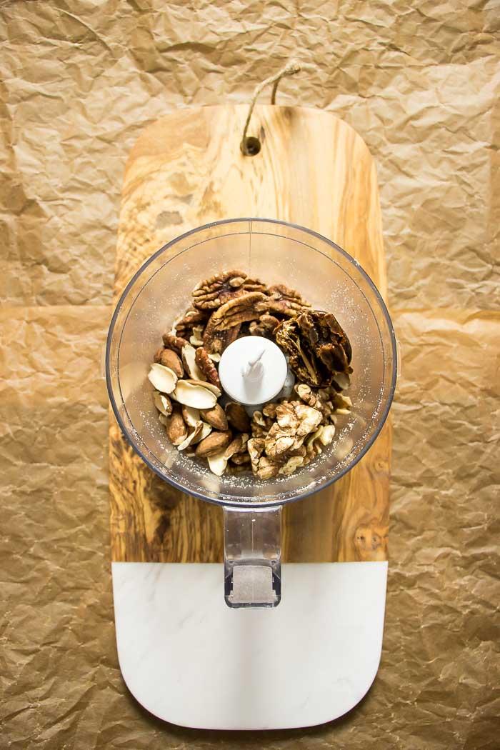 Paleo Oatmeal healthy paleo breakfast recipe gluten dairy grain free.
