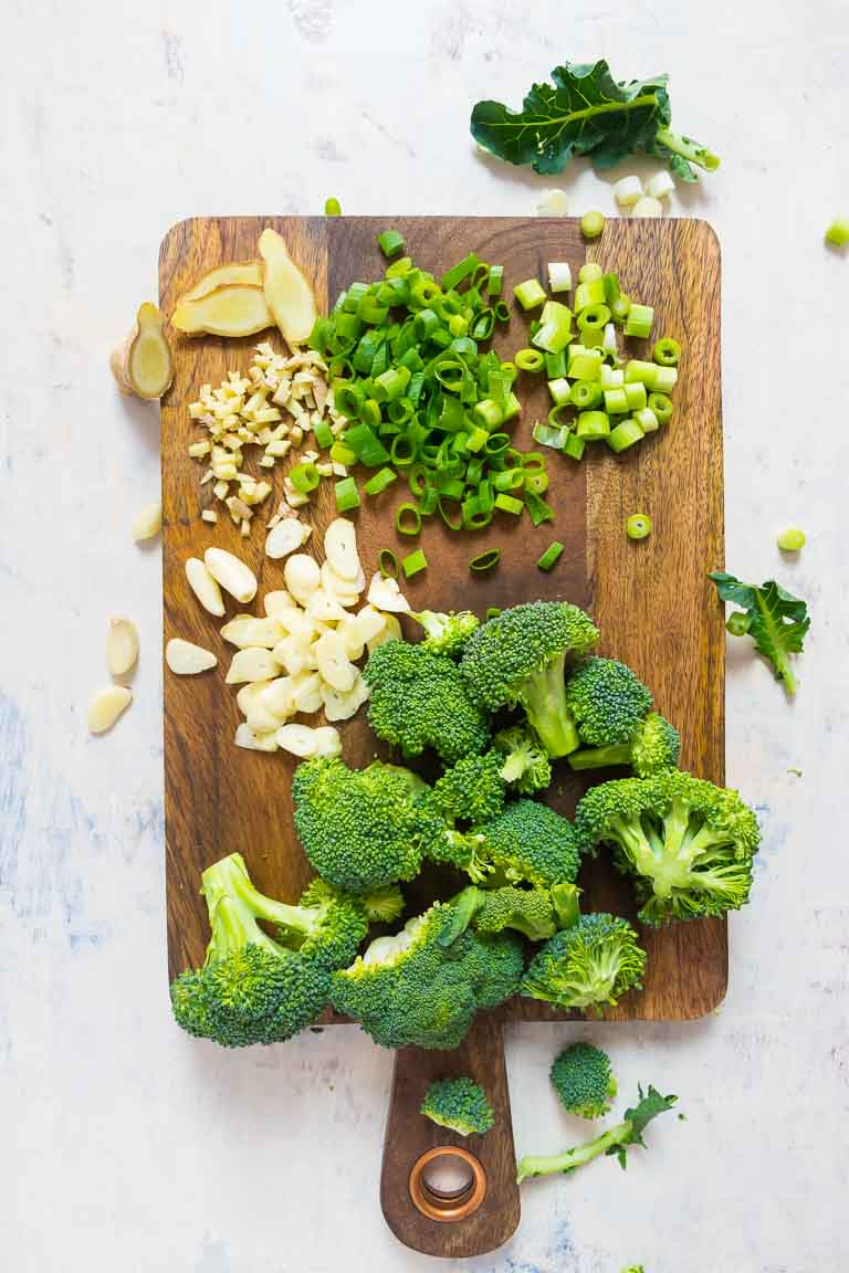 Healthy Chinese Paleo Chicken and Broccoli Stir Fry Recipe with Keto Whole30 Chicken Stir Fry Sauce Ingredients