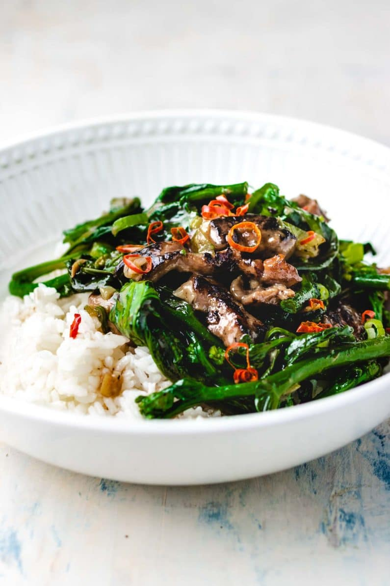 Stir-Fried Beef with Oyster Sauce and white rice Paleo Meal I Heart Umami