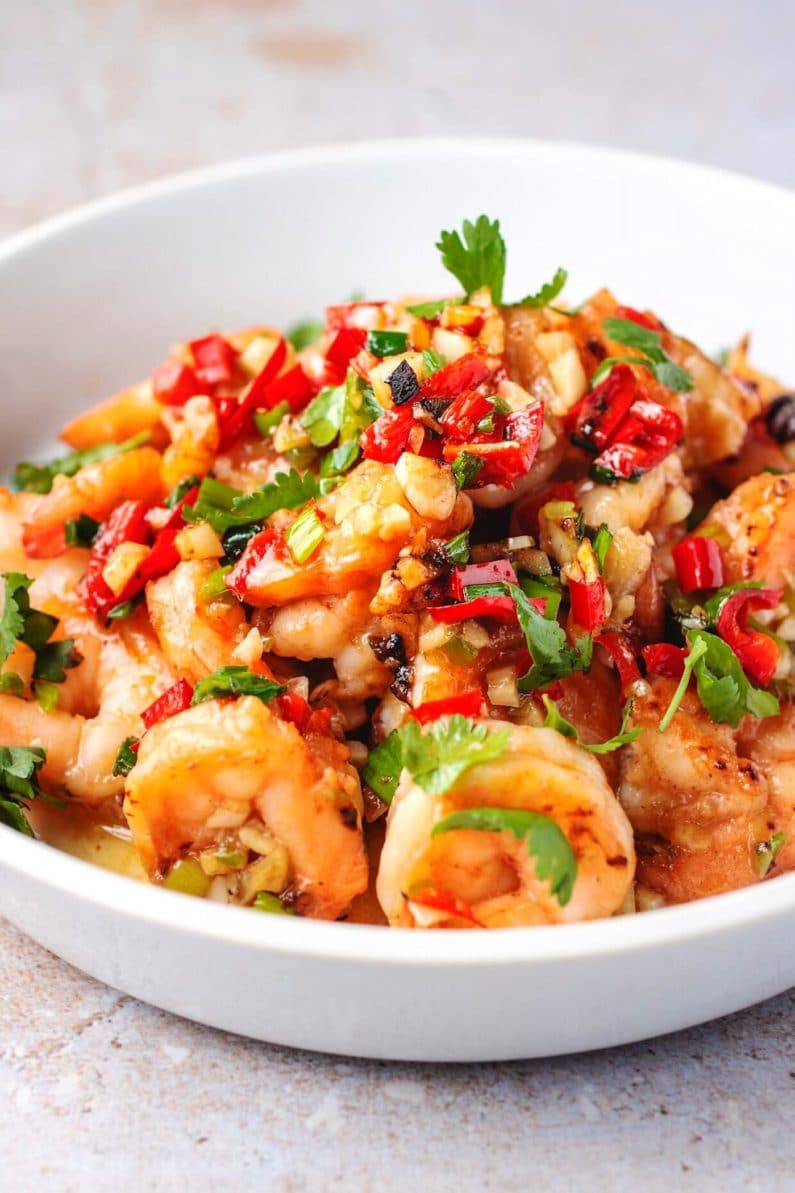 Vietnamese Easy Garlic Shrimp recipe with spicy chili garlic sauce is Paleo, Whole30, and Keto friendly.