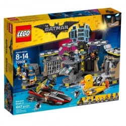 ihocon: THE LEGO BATMAN MOVIE Batcave Break-in 70909 Superhero Toy