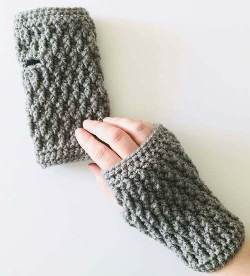 The Rt Click Fingerless Gloves