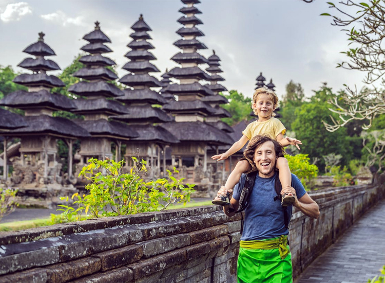 bali tour with family in january