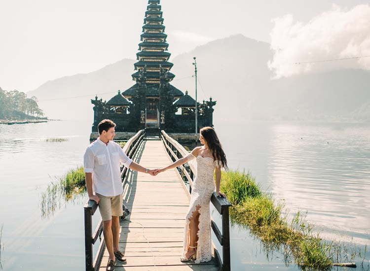 6 Best Honeymoon Destinations in February Outside India that Spell Romance