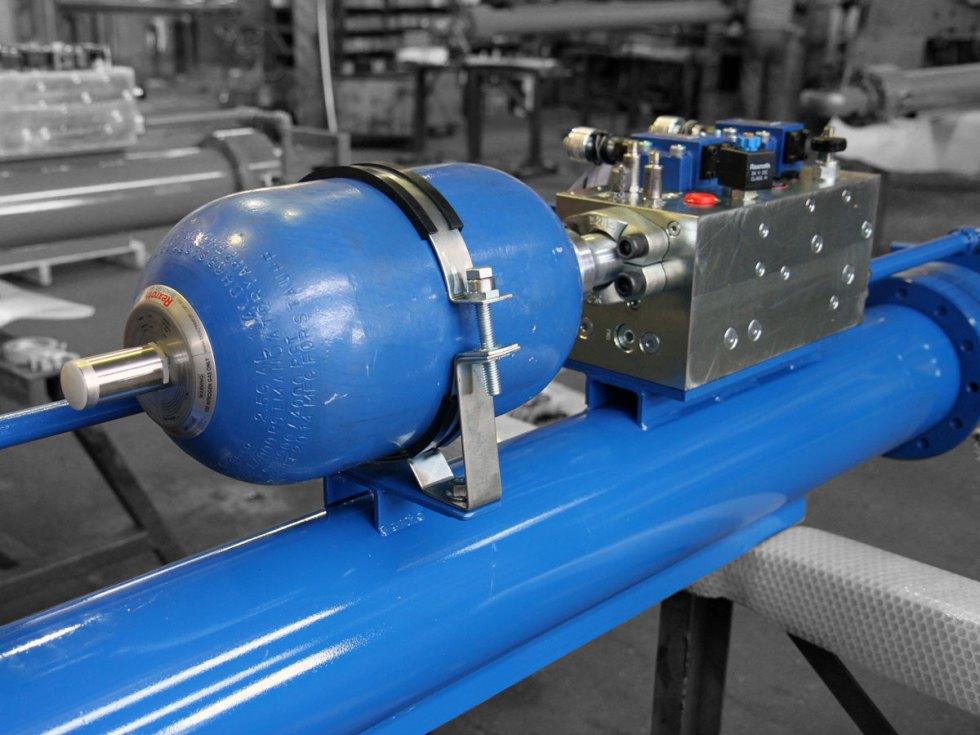 Tilt Table Cylinder