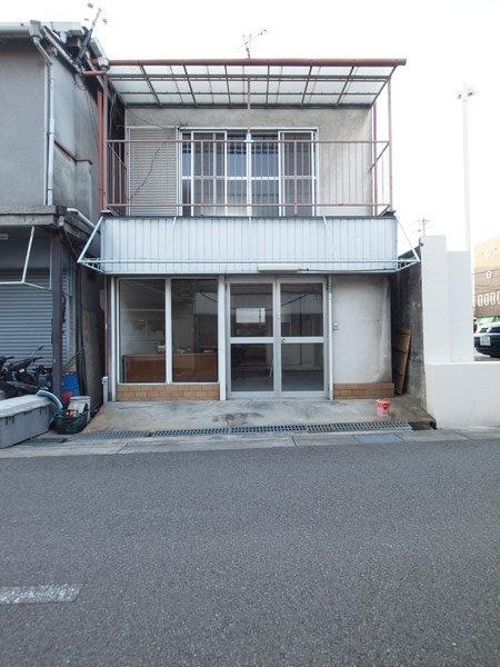 大阪府池田市にて美容サロンの改修工事がスタート