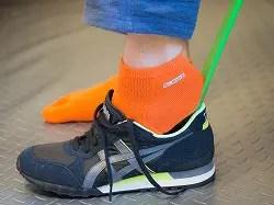 正しい靴の履き方と脱ぎ方