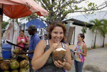IIC Santo Domingo Location_Refreshing Coco Drink DSC4457_CB