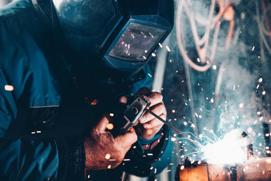Welding image used to showcase industrial plants, industrial gases, equipment and spare parts