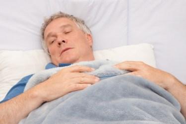 高齢者になるに連れて睡眠時間が短い?レム睡眠ノンレム睡眠