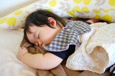 赤ちゃんがよく眠る!夜泣き対策に役立つ睡眠グッズとは?
