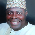 [News] : Goodluck Jonathan's minister defects to APC