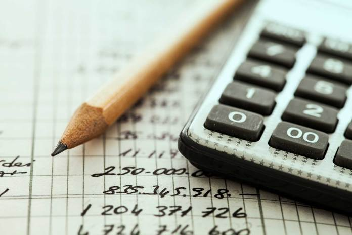 Senior Bookkeeper urgently needed: Salary R20000 to R25000 per month