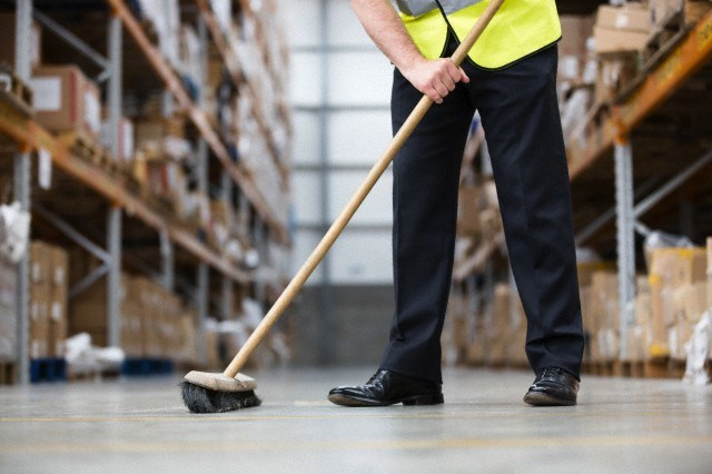 Cleaners wanted immediately: Salary R5 400 per month