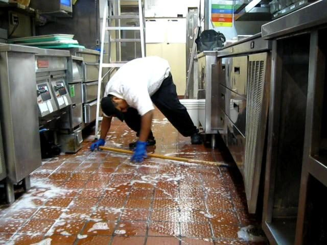 Restaurant Cleaners or Housekeepers