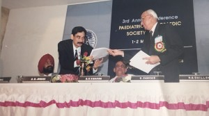 At 3rd POSICON at Chandigarh organised by Dr SS Gill. Dr Ashok Johari (then Secretary of POSI) with Dr Chacko (then President of POSI)