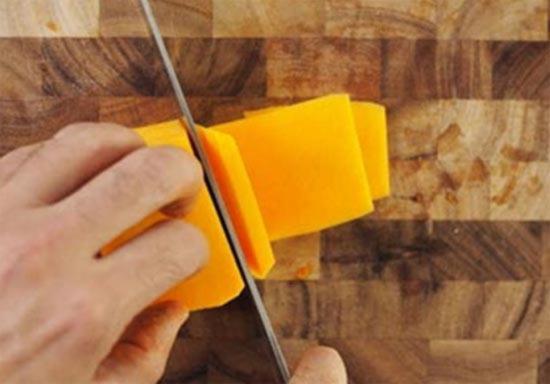Kak narezat tykvu plastinkami