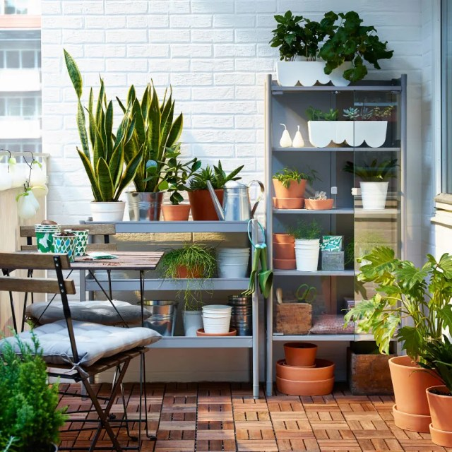 14 Great Ideas For Transforming Your Tiny Balcony Into A Little Oasis Living In A Shoebox