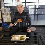 青梅市内から日原鍾乳洞まで走った帰りにお立ち寄り下さったお客様です以前はマリンスポーツを色々なさっていたそうですが、今はロードバイクに夢中だとか🚴ご来店ありがとうございました #蔵 #筏 #ikada #japan #Tokyo #mitake #御岳 #御岳山#mitakesan #御岳山ロックガーデン #武蔵御嶽神社 #多摩川 #御岳渓谷 #奥多摩 #ブドウ山椒 #おにぎり #tasty #バイク #ロードバイク #カヌー #カヤック #リバーSUP #デッドエンド #ジムニー #JA22 #ペット可 #colnago #シクロクロスバイク