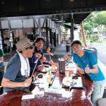 都心からお越しの3名様です東京都の最高峰 #雲取山 に行かれた帰りに、炭鳥ikadaでお昼ごはんにして下さいました🤗むかし鳥の味はいかがでしたかご来店ありがとうございましたhttp://ikadamitake.com営業時間11~17時(夏季)木曜定休(祭日は営業)※むかし鳥、ばくだんは数に限りがございます。1個からお取り置き致します♪Tel.0428-85-8726#炭鳥 #蔵 #筏 #ikada #むかし鳥 #mitake #tokyo #御岳 #御岳山 #御岳山ロックガーデン #武蔵御嶽神社 #多摩川 #御岳渓谷 #御岳ランチ #奥多摩フィッシングセンター #奥多摩 #日原鍾乳洞 #味玉 #バイク #ロードバイク #カヌー #カヤック #リバーSUP #ラフティング #デッドエンド #ペット可