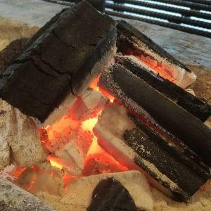 肌寒い今日この頃炭炉の炭火を見つめるとホッとする様になって来ましたhttp://ikadamitake.com 営業時間11~17時(夏季)木曜定休(祭日は営業)※むかし鳥、ばくだんは数に限りがございます。1個からお取り置き致します♪Tel.0428-85-8726#炭鳥 #蔵 #筏 #ikada #むかし鳥 #mitake #tokyo #御岳 #御岳山 #御岳山ロックガーデン #武蔵御嶽神社 #多摩川 #御岳渓谷 #御岳ランチ #奥多摩フィッシングセンター #奥多摩 #日原鍾乳洞 #味玉 #バイク #ロードバイク #カヌー #カヤック #リバーSUP #ラフティング #デッドエンド #ペット可