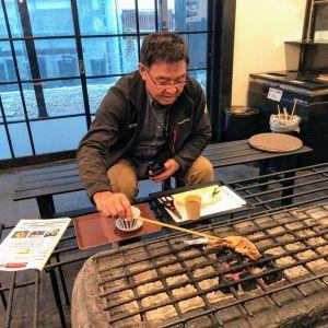 多摩地区にお住まいの @sugi_mori さんが山の帰りにお立ち寄り下さいました🤗以前、西多摩マルかじりで炭鳥ikadaをご覧になって、気になっておられたそうです帰り際に「今度はばくだんも食べに来ます」と、言って下さった笑顔が素敵でした ご来店ありがとうございました🏞️http://ikadamitake.com営業時間・4月〜12月 11〜17時  1月〜  3月 11〜16時金曜定休(祭日は営業)※むかし鳥、ばくだんは数に限りがございます。1個からお取り置き致します♪Tel.0428-85-8726#むかし鳥 #炭鳥ikada #ばくだん #mitake #tokyo #御岳 #御嶽駅 #御岳山 #御岳山ロックガーデン #武蔵御嶽神社 #御岳神社 #多摩川 #御岳渓谷 #東京アドベンチャーライン #御岳ランチ #奥多摩フィッシングセンター #奥多摩 #日原鍾乳洞 #okutama #バイク #ロードバイク #カヌー #カヤック #riversup #デッドエンド #ペット可