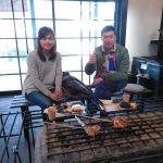 八王子市からお越しのご夫婦です武蔵御嶽神社へお参りに行かれた帰りにお立ち寄り下さいました🤗山の上は気温が低かったそうですが、参道は(山の皆さんが雪掃きをなさっているので)滑る事はなかったとの事でした♪雪の翌日の晴天で、御岳山からの眺めはとても良かったのではないでしょうかご来店ありがとうございました️http://ikadamitake.com営業時間・1月〜 3月 11〜16時4月〜12月 11〜17時金曜定休(祭日は営業)※むかし鳥、ばくだんは数に限りがございます。1個からお取り置き致します♪Tel.0428-85-8726#むかし鳥 #体験型 #炭鳥ikada #ばくだん #mitake #tokyo #御岳 #御嶽駅 #御岳山 #御岳山ロックガーデン #武蔵御嶽神社 #御岳神社 #多摩川 #御岳渓谷 #東京アドベンチャーライン #御岳ランチ #奥多摩フィッシングセンター #奥多摩 #日原鍾乳洞 #okutama #バイク #ロードバイク #カヌー #カヤック #riversup  #デッドエンド #ペット可