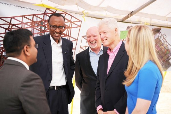 Paul Kagame and Clinton familly are close associates