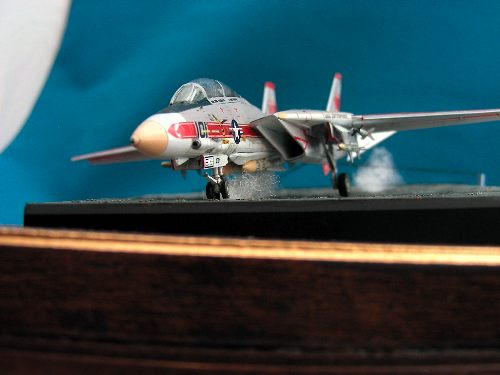 Revell 144 F-14A Tomcat look up